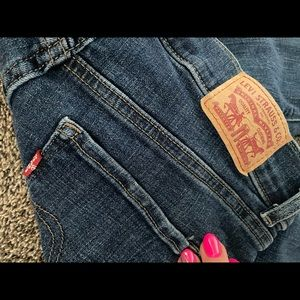 Levi's classic straight jeans with stretch